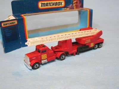 MATCHBOX CONVOY - PETERBILT FIRE ENGINE