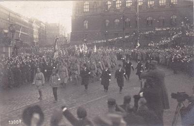 PRAHA-příjezd pres.MASARYKA-Pragaphot.-1919