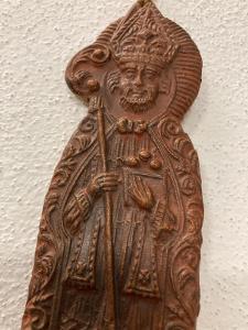 RARITA - prastará gotická fajnová ozdoba sv.Mikuláše  - velikonoční