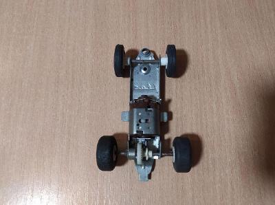 Stará hračka podvozek na Autodráhu ITES retro Č.1