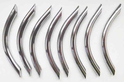 Nábytkové úchytky 8 ks chromované, rozteč pro M4 šrouby 96 mm