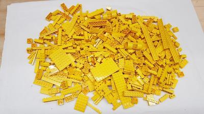 Lego žluté díly 0,9 kg od Legomania