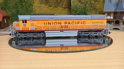 Motorová lokomotiva union pacific 3222 mehano H0