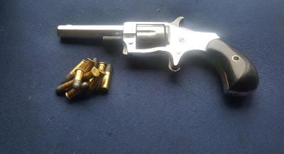 Historický revolver Lone Star NO.1  cal.22RF 1876 Pěkný pův. stav
