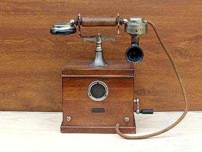 ! Starožitný dřevěný německý telefon - Mnichov 1908 !