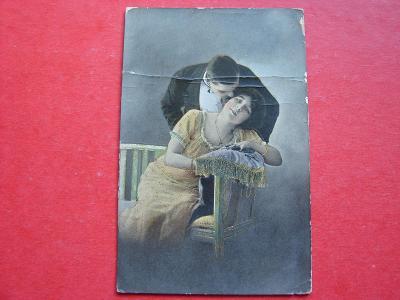 ŽENA Žena Dívka Muž Láska Zamilovaní Romantika MF 1915