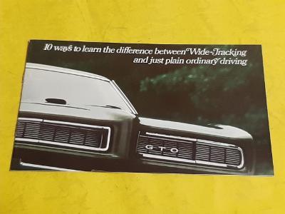 --- Pontiac 196? ------------------------------------------------- USA