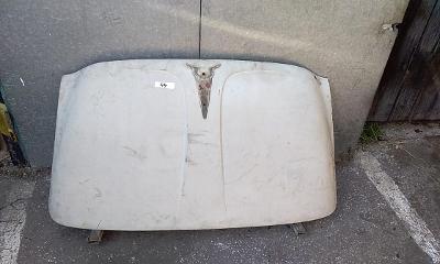 Zadní kapota Škoda Octavia - Spartak ?
