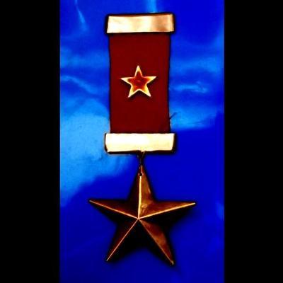 Bronzová Sovětská Hvězda Vyznamenání s rudou stuhou 150x60mm