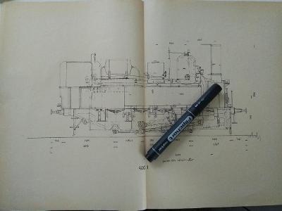 Starý technický výkres parní lokomotivy