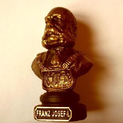 Císař František Josef I. 1848-1898 Těžká Velká Socha 150x90x60mm