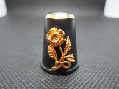 Sběratelský náprstek Felix Morel - 3D mosazný, černý smalt, se zlatou