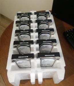 10 kusů téměř nepoužitých disků WD ULTRASTAR 1TB (všechny od 1 kč !!!)