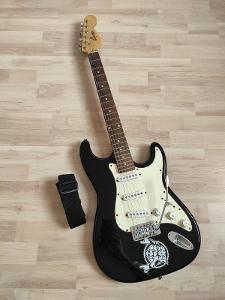 Elektrická kytara ADONIS STRATOCASTER + obal CNB + struny Ernie Ball