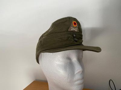 armáda čepice
