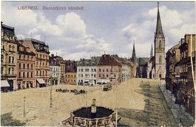 Liberec - Bismarkovo náměstí - kašna, tramvaj
