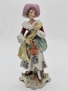 Velká porcelánová soška, figurka dáma s košem Sitzendorf Durynsko