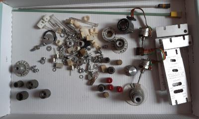 Sada dílů k osciloskopům Tektronix