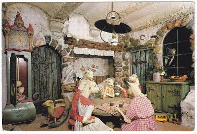 Holandsko - Dětská pohlednice s loutkami - Kůzlátka