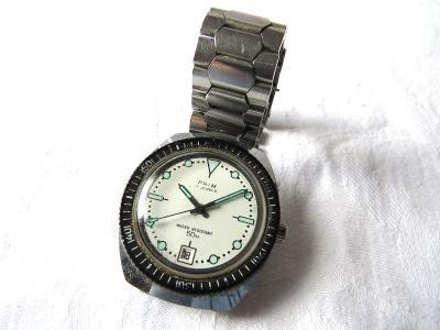 Staré hodinky PRIM s datumovkou, nárazuvzdorné, vodotěsné - jdou.