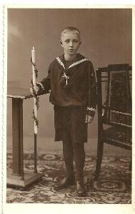 Fotografie chlapec první svaté přijímání r. 1934