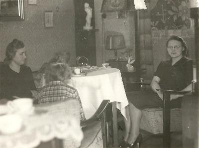 Fotografie interérů, ženy u kávy