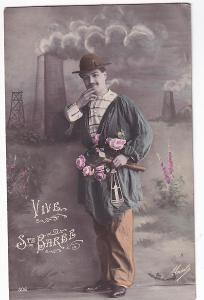 Pohlednice muž s kyticí a kladivem