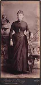 Kabinetka žena, Reuter a Pokorny Vídeň