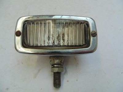 Couvačka Škoda Trabant Wartburg chromová