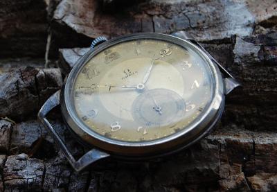 Stříbrné kapesní hodinky - sign.: OMEGA
