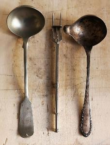 Staré naběračky + vidlička na maso