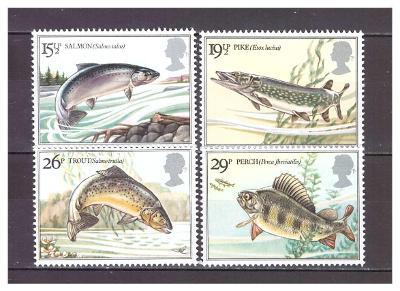 """Velká Británie 1983 kompletní série """"River Fishes"""""""