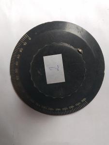 Staré rádio - ladící knoflík č. 2