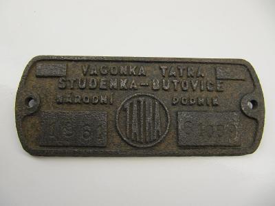 Štítek z železničního vozidla ČSD č.4