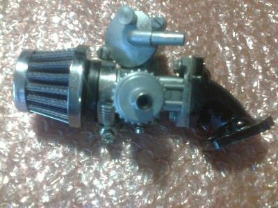 karburátor pionýr