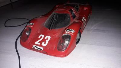 Porsche 917  červené bowden - Joustra 1/10 krásný stav Made in France
