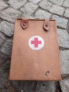 Stará retro lékarnička