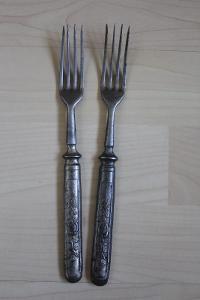 Staré vidličky 2 ks - č. 14