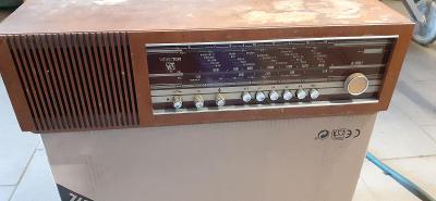 Staré rádio VIDEOTON R4901