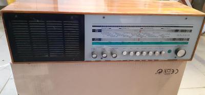 Staré rádio Tesla GALAXIA