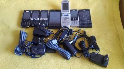 staré mobilní telefony + nabíječky: HUAWEY, NOKIA, SONY, SONY ERICSON
