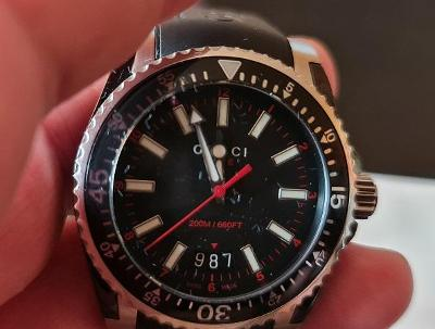 GUCCI luxusní hodinky