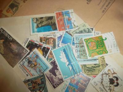 Staré poštovní známky.