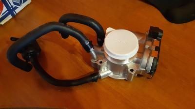 Škrtící klapka motoru Hyundai I30 1.4 Mpi G4FA