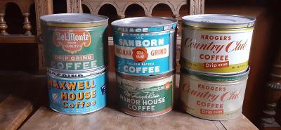 Staré plechovky od kafe z USA
