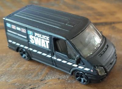 MATCHBOX Ford Transit Police SWAT MB693/MB72