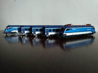 PIKO Start Set Railjet ČD - Taurus, 3 os. vozy + 1 ks řídící vůz