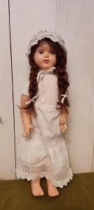 Stará panenka-chodička