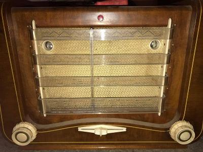 Staré rádio Tesla 623A Máj