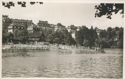 Liberec - přehrada - plovárna plná lidí